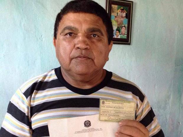 José Bezerra Oliveira, suplente de deputado federal, chegou para votar e foi surpreendido com a notícia de que estava morto há 2 meses (Foto: Arquivo Pessoal)