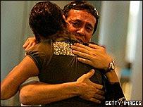 Familiares de víctimas de la tragedia aérea en Barajas, España