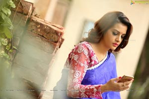 Diksha Panth in Blue Saree