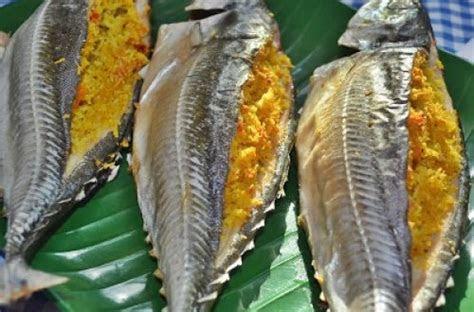 ikan cencaru sumbat kelapa