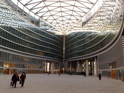 Nuova architettura di Milano by durishti