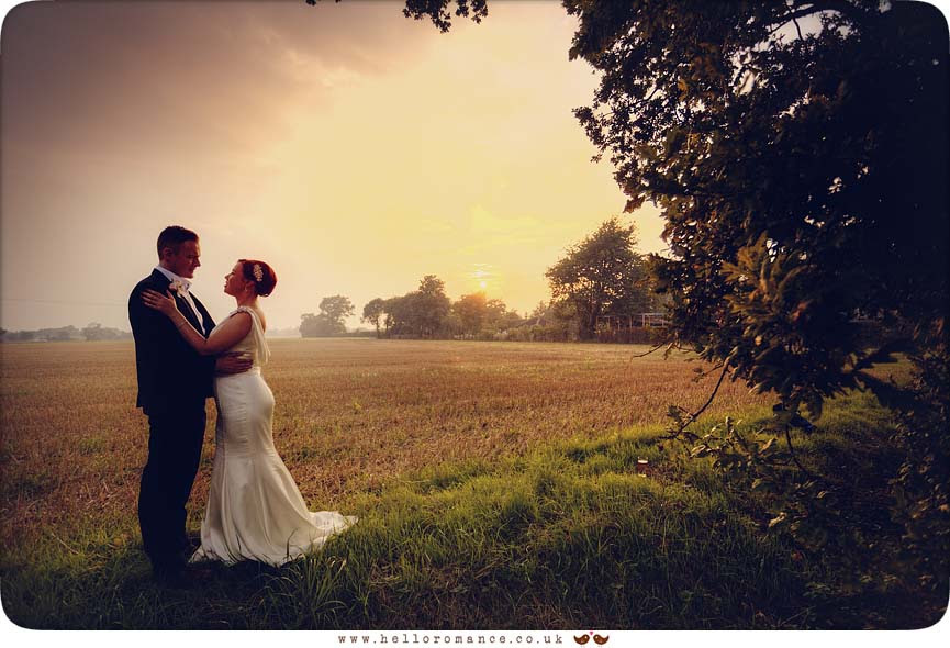 Sunset rustic wedding photo - www.helloromance.co.uk