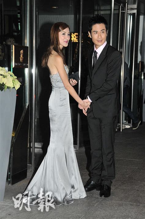 TVB Entertainment News: Kevin Cheng and Grace Chan hold