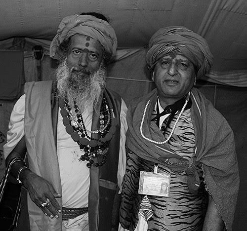 My Naga Guru Shri Vijay Giri Maharaj Juna Akhada .. by firoze shakir photographerno1