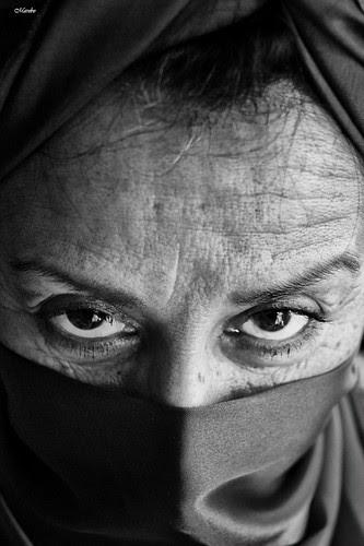 Retratos de la Señora Berta by Alejandro Bonilla