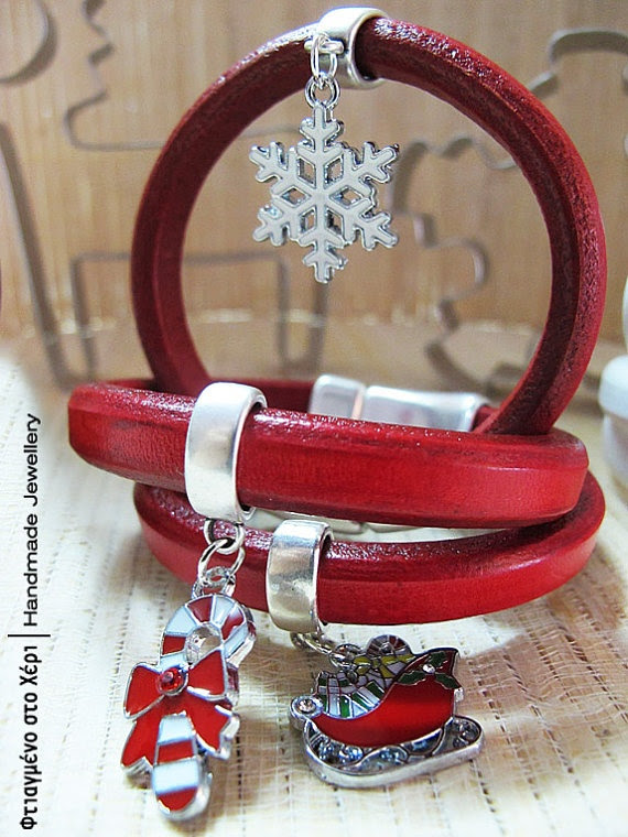 Christmas charm leather bracelets by FtiagmenoStoXeri on Etsy