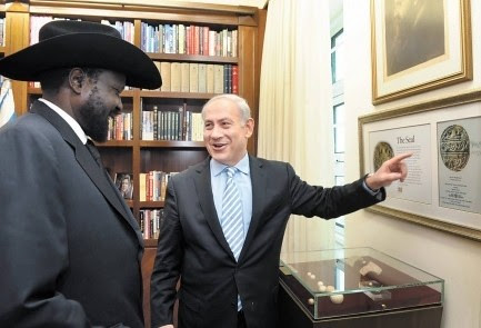 Republic of South Sudan President Silva Kiir jokes with Prime Minister Benjamin Netanyahu of Israel. Israel supported South Sudanese seccession but then expelled refugees from the Zionist state. by Pan-African News Wire File Photos