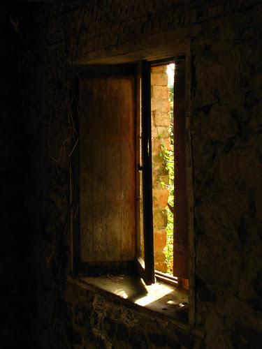 Suas fantasmagorias aguçam a imaginação