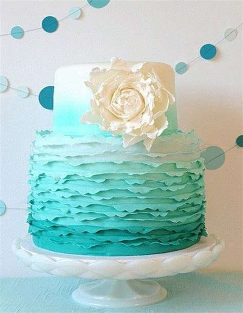 25  best ideas about Turquoise wedding cakes on Pinterest
