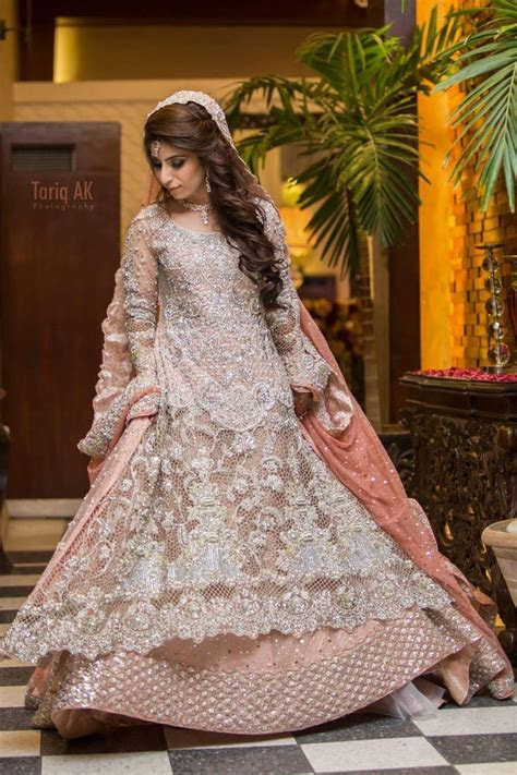 Best 25  Walima dress ideas on Pinterest   Pakistani
