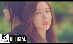 Lirik lagu GFRIEND - LOVE WHISPER (귀를 기울이면) Hangul ROmanization
