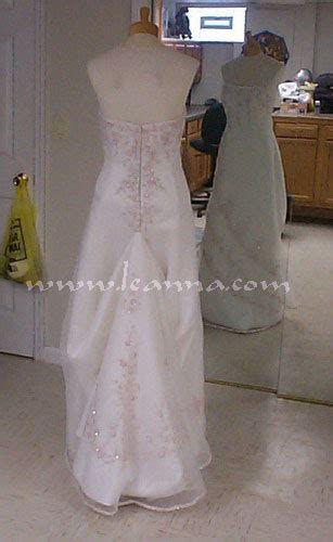 HOW TO BUSTLE A TULLE BALL GOWN WEDDING DRESS   Dress