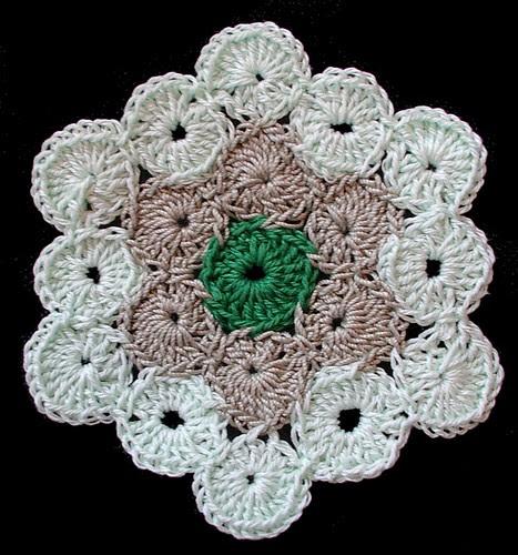 hex yoyo crochet afghan
