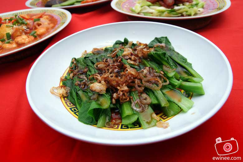 CHINESE-NEW-YEAR-REUNION-DINNER-2010-oyster-vege
