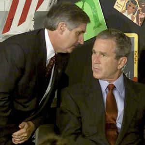 Andrew Card e George Bush (Foto: Reuters)