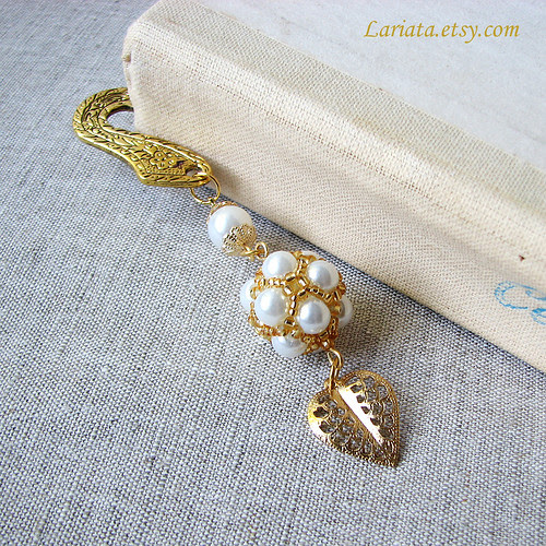 antique golden handmade bookmark with beadwoven glass pearls