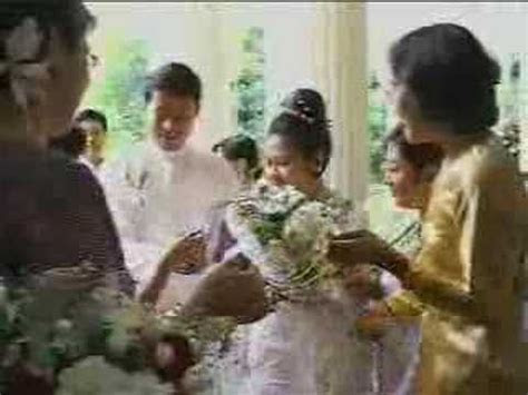 Myanmar Wedding of Burma Than Shwe's daughter   17of24