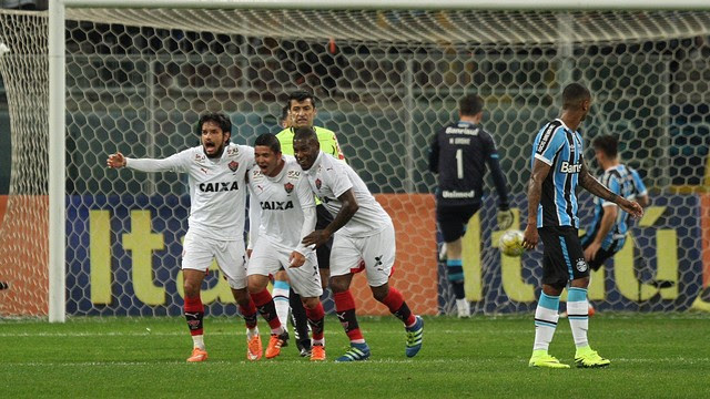 Assistir Vitória x Grêmio ao vivo 2016