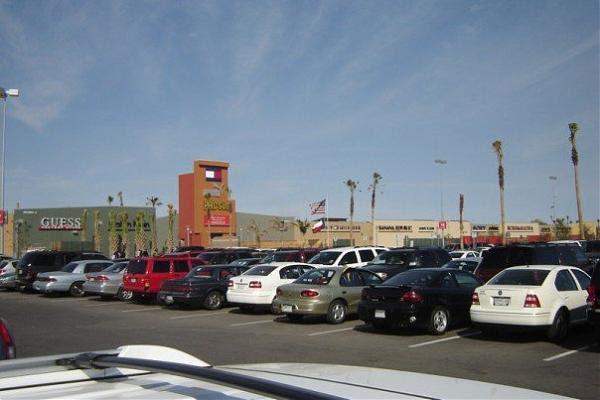 Rio Grande Valley Premium Outlets - Mercedes, Texas