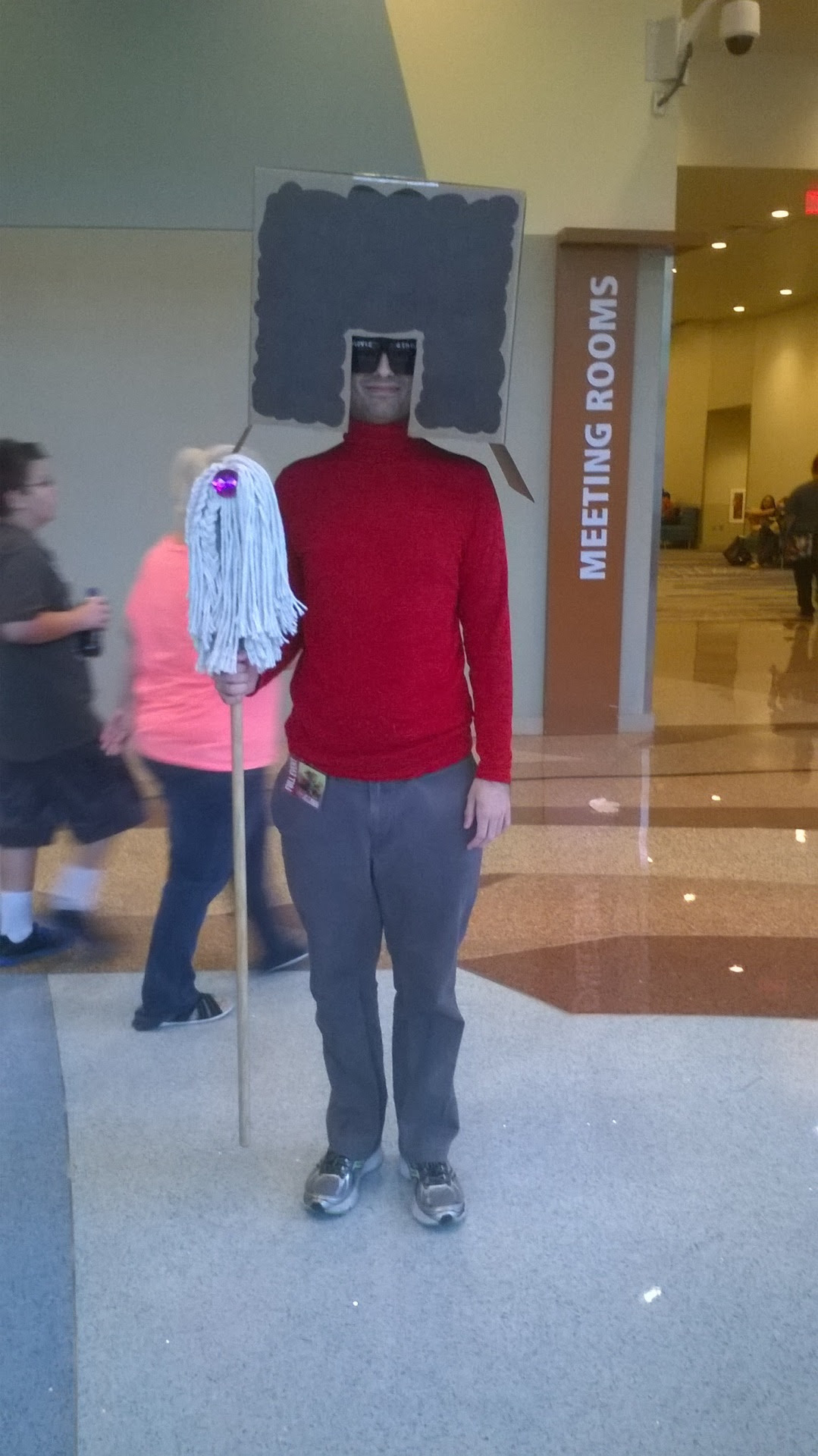 The only cosplayer I took a picture of today; I say it was well worth it!