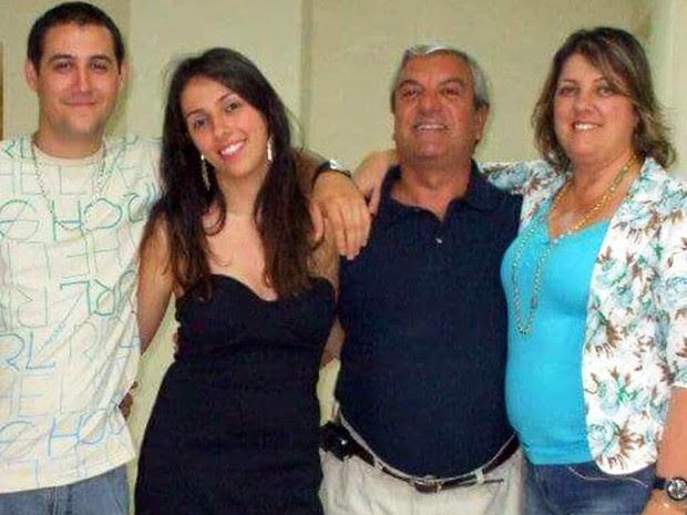 Quatro pessoas da mesma família morreram atingidas por um raio em Praia Grande, SP (Foto: Reprodução/Facebook)