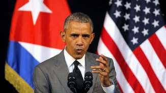 Barack Obama durant el discurs televisat adreçant-se als cubans (Reuters)