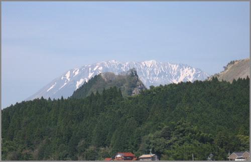 101 Mount Daisen in snow