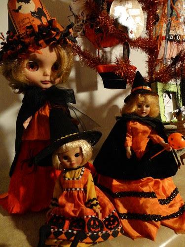 little witchie girls