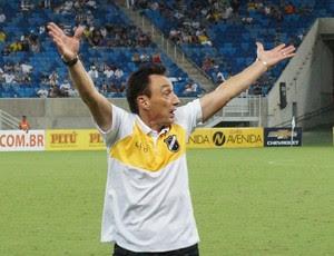Roberto Fonseca, técnico do ABC (Foto: Augusto Gomes/GloboEsporte.com)