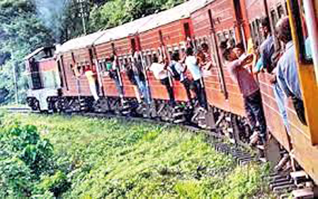 Train services along Kelani Valley line disrupted