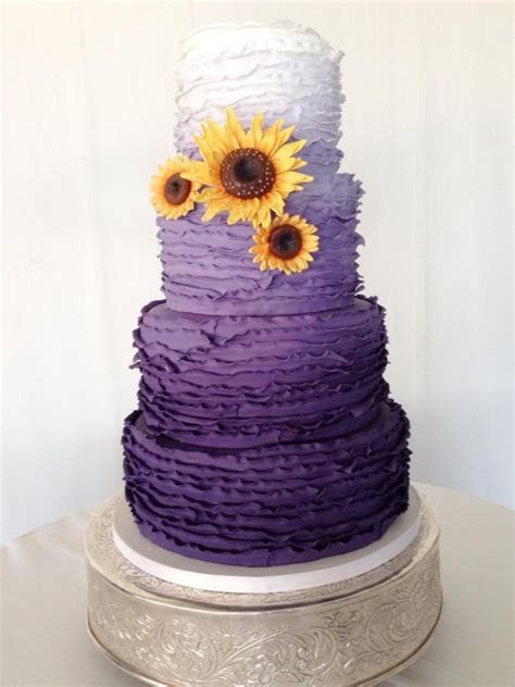1000  images about 18th Birthday Cakes on Pinterest   Cake