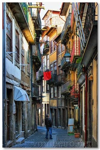Rua da Reboleira no Porto by VRfoto