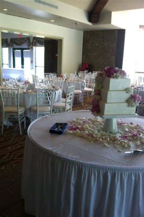 Fox Valley Country Club Weddings   Get Prices for Wedding