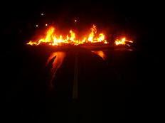 Em três semanas, manifestantes organizaram 12 barreiras com pneus queimados em rodovias gaúchas-Bombeiros Três de Maio/Divulgação