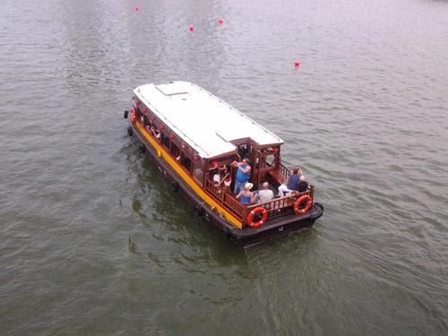 Лодката за Речния круиз