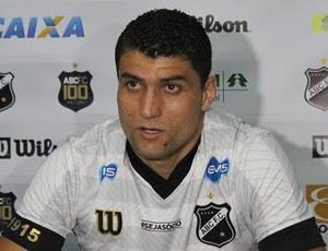 Ednei - lateral-direito do ABC (Foto: Divulgação/ABC)