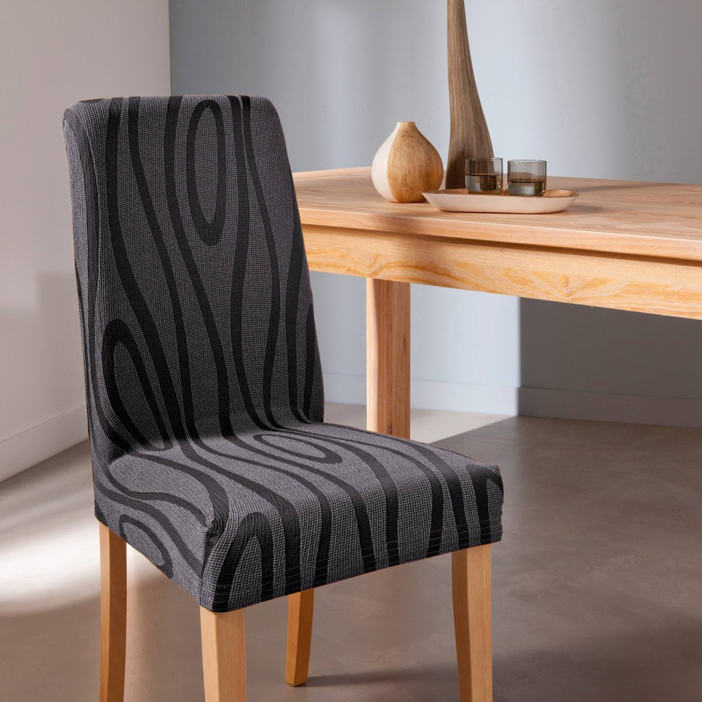 Table et chaises de terrasse: Housse de chaise extensible