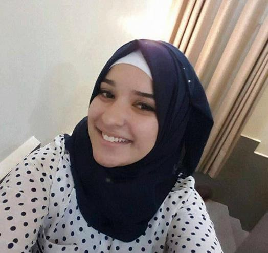 بالصور : بالسجن على الطفلة الأسيرة نورهان عوّاد