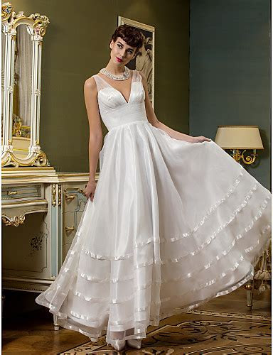 Lanting Bride® A line Petite / Plus Sizes Wedding Dress