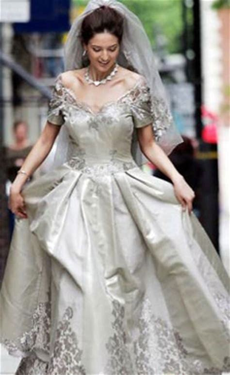 Top 10 Most Expensive and Amazing Wedding Dresses in the