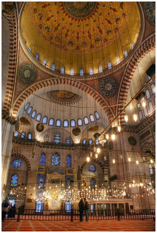 Most-Magnificent-Mosques-in-the-World-6
