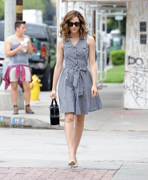 Emmy Rossum Runs Errands on Melrose
