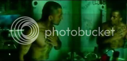 http://i347.photobucket.com/albums/p464/blogspot_images1/Ghajini%20Tamil/04.jpg