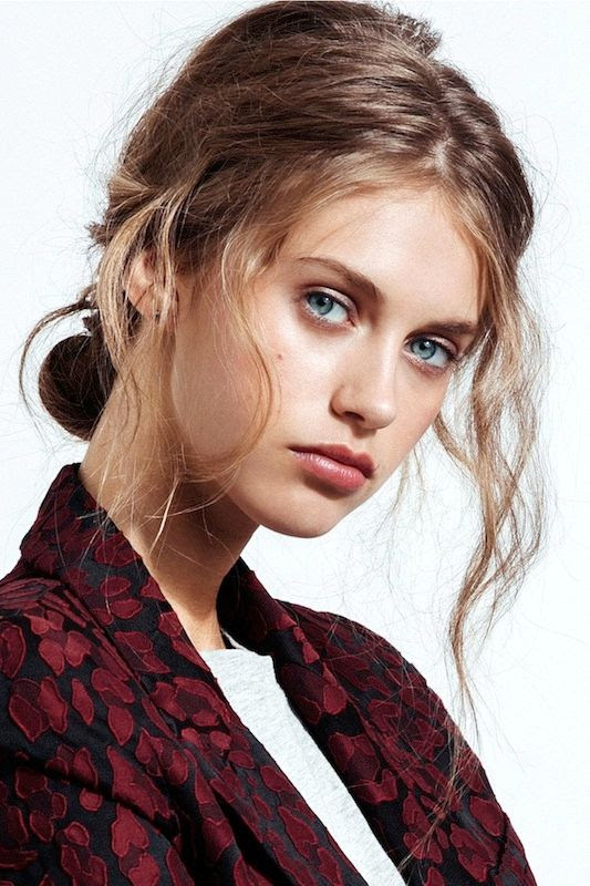 Le Fashion Blog 5 Easy Hairstyles For When You're Running Late Lazy Girl Hair Wavy Low Bun Print Blazer Highlighter Beauty Via Refinery29