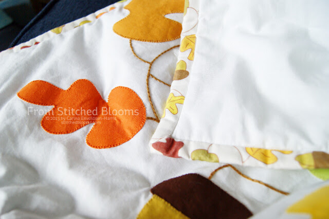 Acorn and leaves quilt
