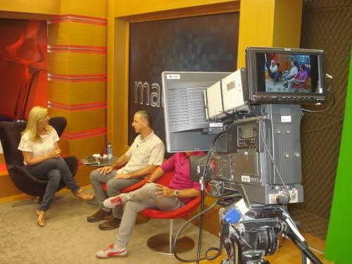 Foto - Rosane Lima / João Baroni e Paulo Trejes em um programa de entrevista de uma TV catarinense, falam da minissérie Terra de Ninguém