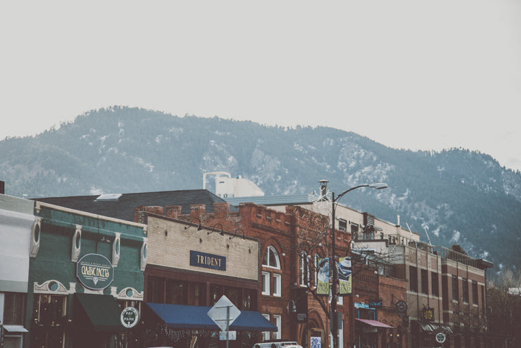Photo of shops on Pearl Street in Boulder