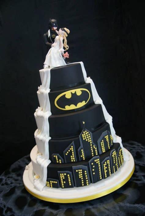 His And Hers Wedding Cake Ideas   WeddingElation