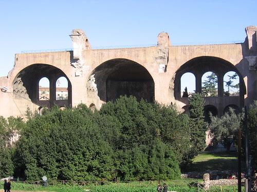 Basilica of Maxentius, facing the Via Sacra