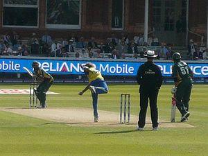 English: Lasith Malinga bowling for Sri Lanka ...